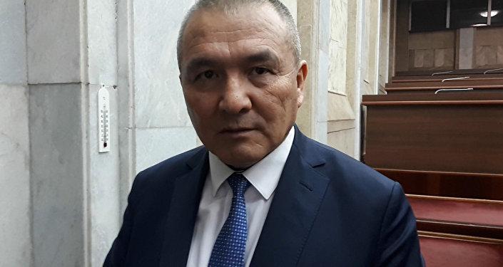 Калилов сказал, что не знает, когда его заместителя отстранят от должности, поскольку это решает парламент.