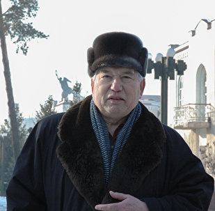 Улуу жазуучу Чыңгыз Айтматов. Архив