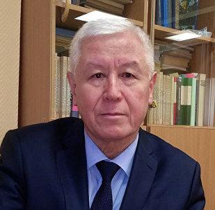 Заведующий кафедрой гидравлики и гидроэнергетики Ташкентского государственного технического университета, доктор технических наук, профессор Мурадулла Мухаммадиев