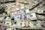 Банкноты доллара США. Архивное фото