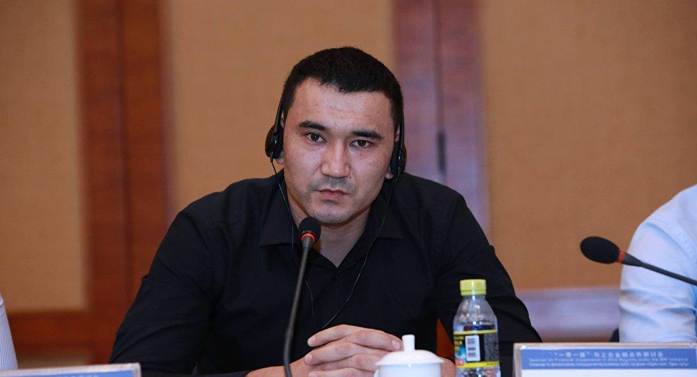 Начальник отдела управления розничного кредитования и возвратности кредитов одного из банков Кыргызстана Женишбек Садыков. Архивное фото