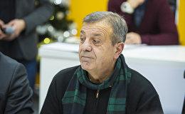 Председатель ассоциации перевозчиков Альянс бус Григорий Николаиди во время круглого стола в мультимедийном пресс-центре Sputnik Кыргызстан