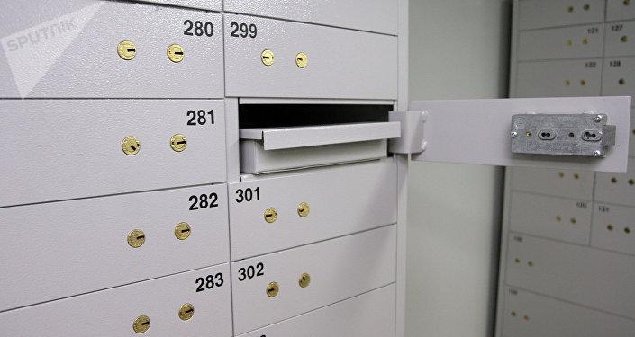 Банковские сейфы. Архивное фото