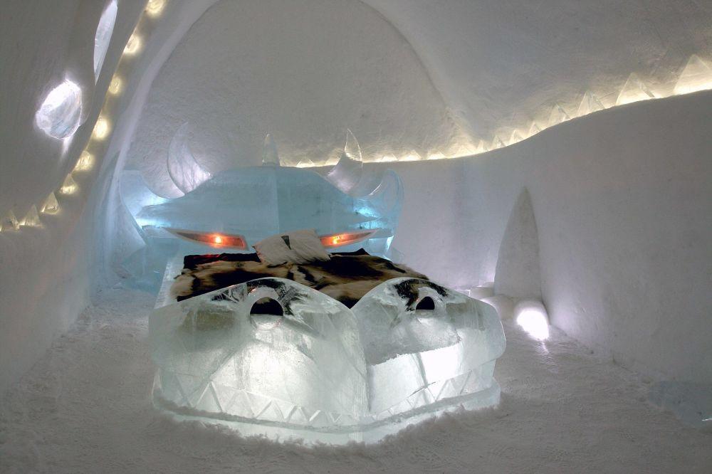 В Юккасъярви (Швеция) есть два ледяных отеля. Один из них называется Dragon…