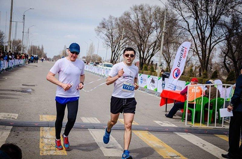 Бронзовый призер ЧА по триатлону Жалалдин Абдувалиев
