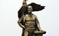 Проекта памятника Бишкек Баатыру. Архивное фото