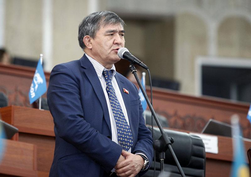 Депутат Жогорку Кенеша от фракции Республика — Ата-Журт Экмат Байпакбаев