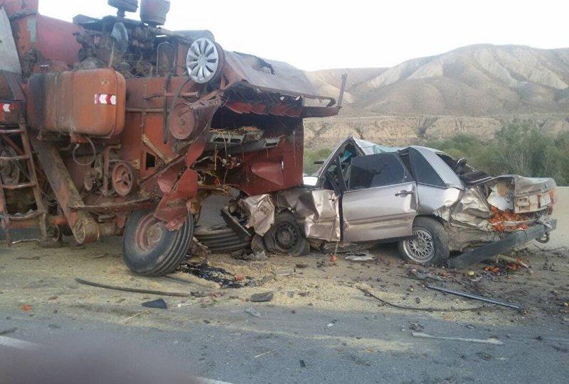 Последствия ДТП в Кочкорском районе Нарынской области