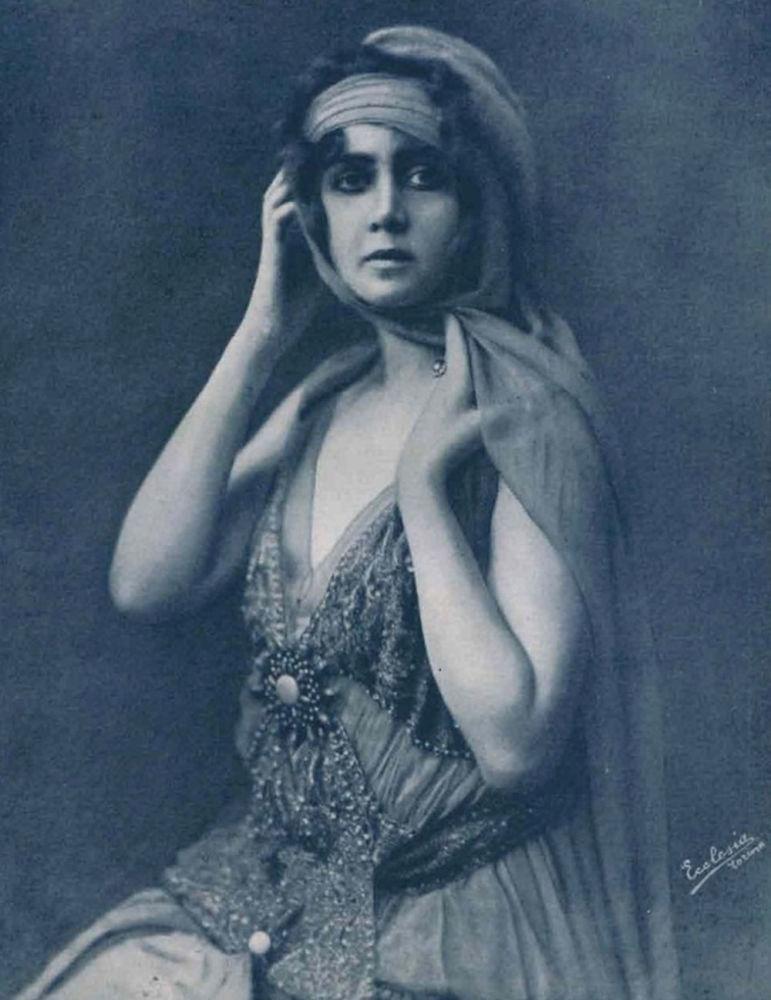 Польская, немецкая и итальянская актриса немого кино Елена Маковская, 1916 год. Также была певицей оперетты.