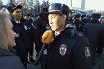 Эмне деди? Бишкектеги туристтик милициянын англисче билер-билбесин текшерген видео