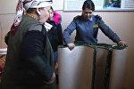 Как милиционер за свой счет помогает дому престарелых и сиротам — видео