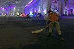 Уборка площади Ала-Тоо в Бишкеке