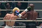 Боксер Флойд Мэйуэзер нокаутировал японского бойца Насукаву в выставочном бою