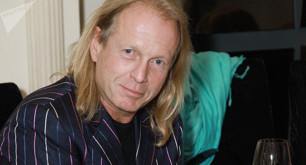 Композитор, музыкант Крис Кельми. Архивное фото