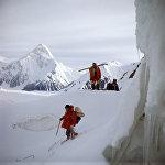 Альпинисты на леднике Иныльчек