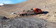 ДТП с грузовиком на  перевале Долон в Нарынской области