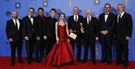 Актеры и съемочная группа телесериала Американцы на 6-й премии Золотой глобус в Беверли-Хиллз, Калифорния. США, 6 января 2019 года