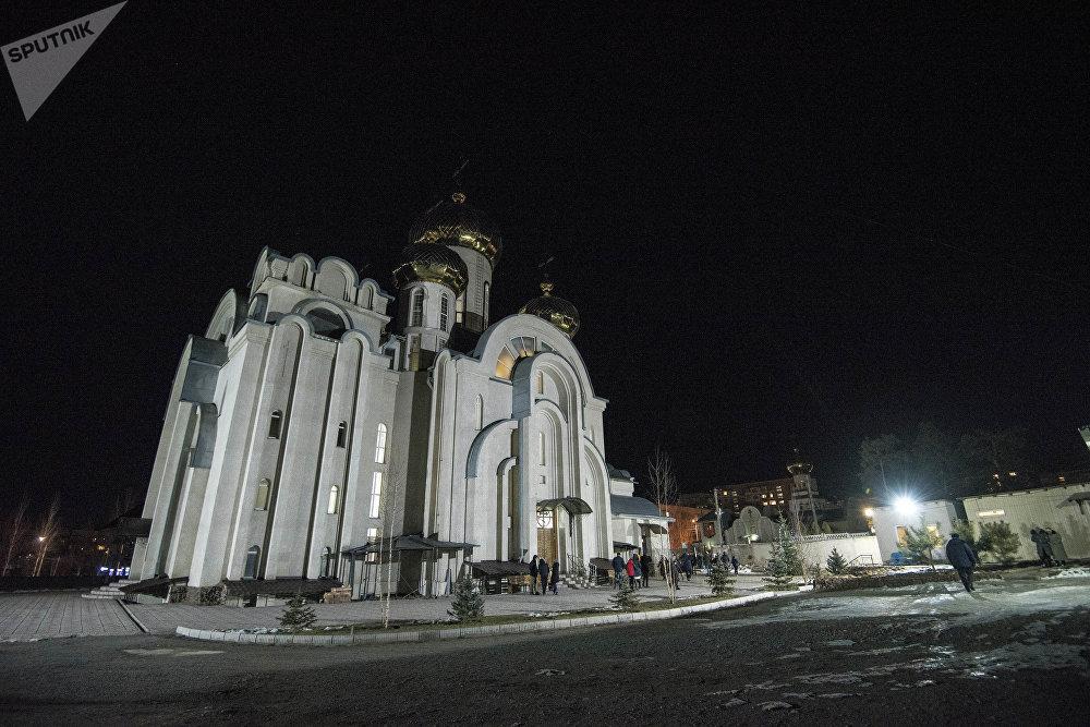 Храм Святого равноапостольного великого князя Владимира в Бишкеке
