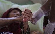 Пожилая бабушка в больнице. Архивное фото