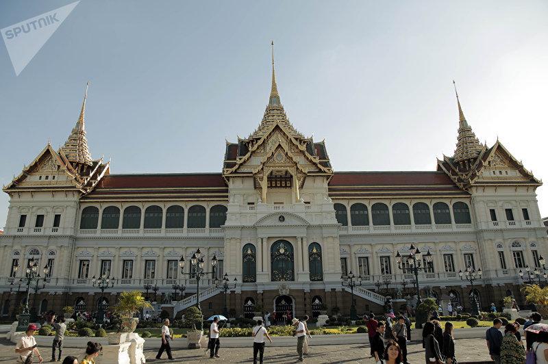 Фасад королевского дворца в Бангкоке