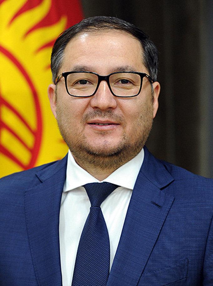 Заместитель руководителя аппарата правительства КР Эдуард Турдалиев