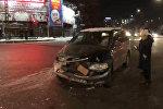 В Бишкеке пассажирская маршрутка попала в ДТП — видео последствий аварии