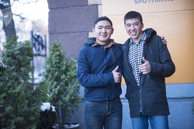 Молодые предприниматели Адылжан Махкамбаев (справа) и Нурлан Абдылдаев