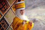 Кыз-жигит Сармерден долбоорунун шайыр жеңеси, ырчы Анара Шаимкулова