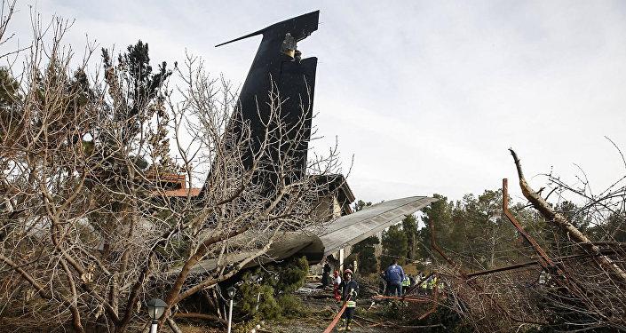 Крушения грузового самолета Boeing 707 в Иране