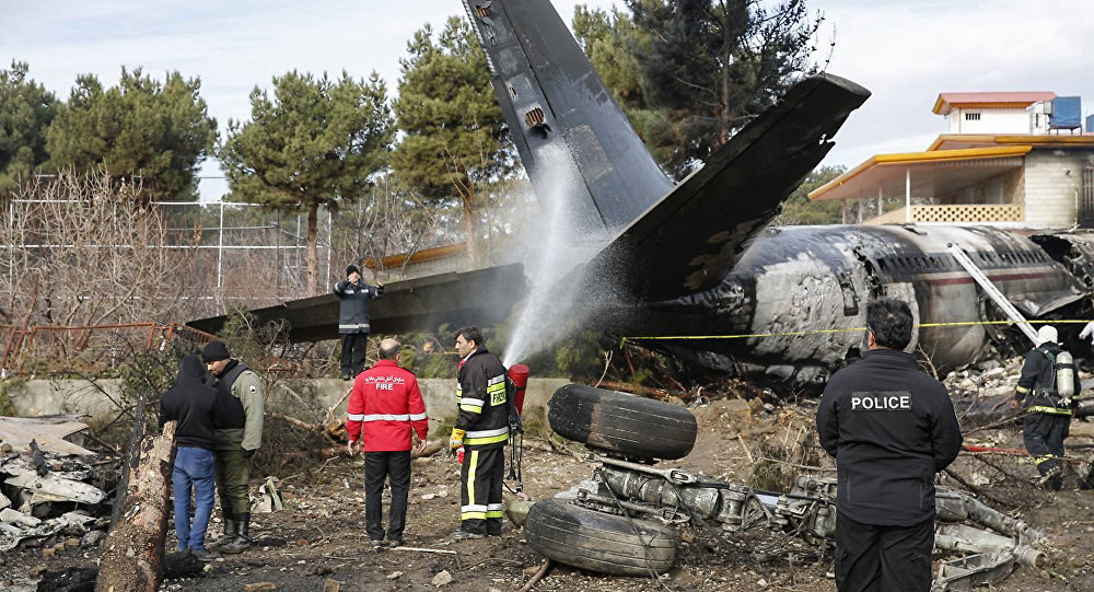 Грузовой самолет Boeing 707 который вылетел из Бишкека врезался в жилой комплекс в Карадже (пригороде Тегерана)