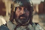 Актер из Игры престолов сыграл неудачника в клипе, снятом в Казахстане