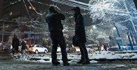 Горожане на одной из улиц Бишкека. Архивное фото