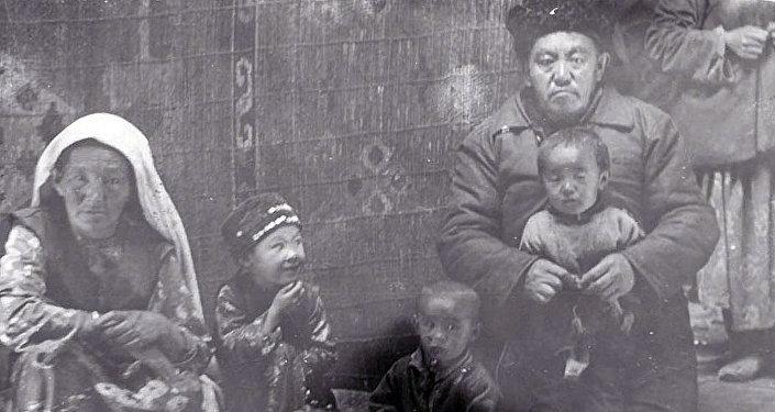 Гуманитарная помощь афганским кыргызам в Малом Памире в конце 80-х