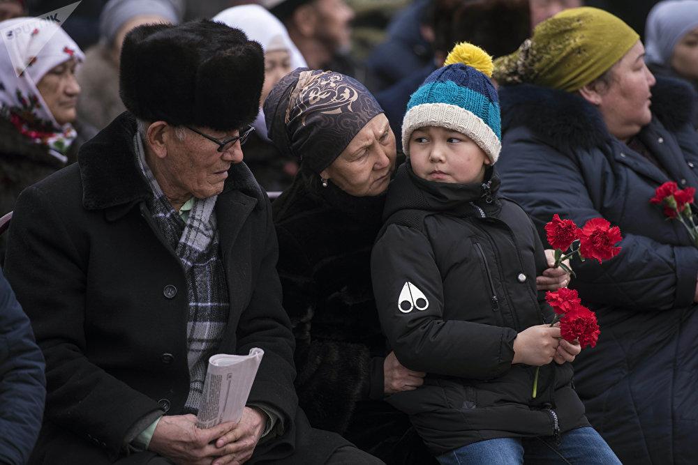 На мероприятии собрались родные и друзья погибших