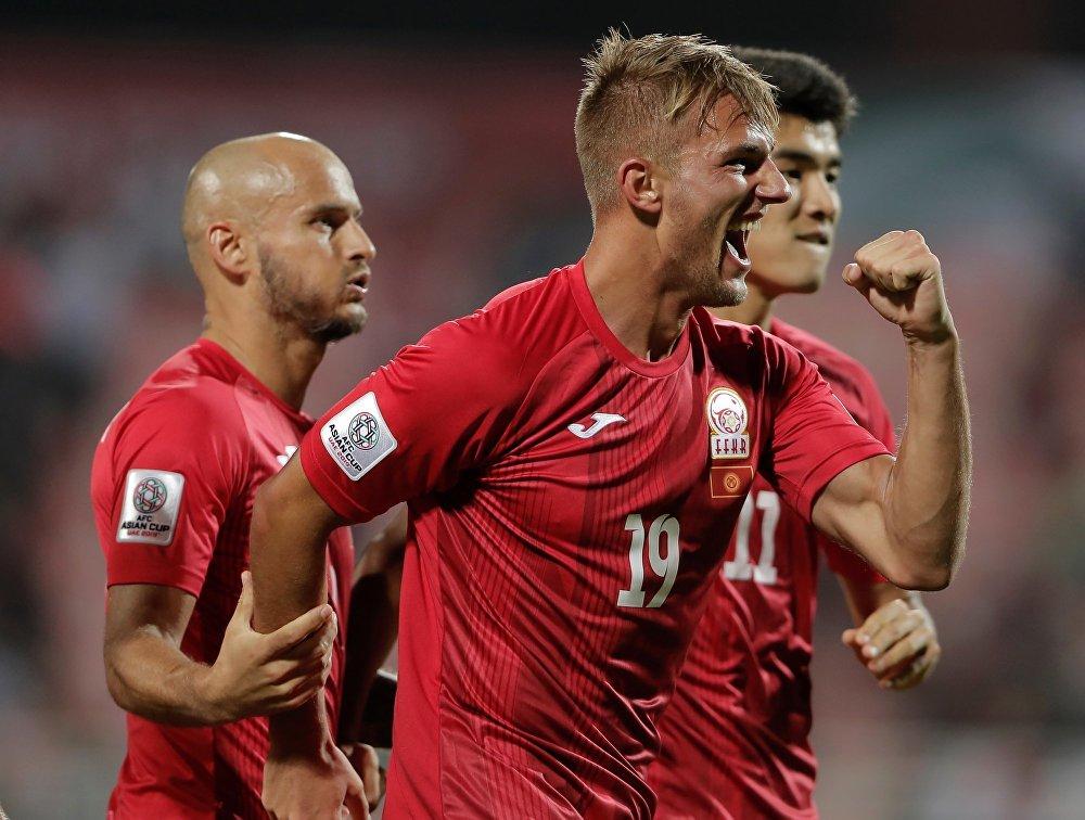 В двух первых матчах группового этапа Люкс не забил ни одного гола, зато в третьей игре трижды поразил ворота филиппинцев