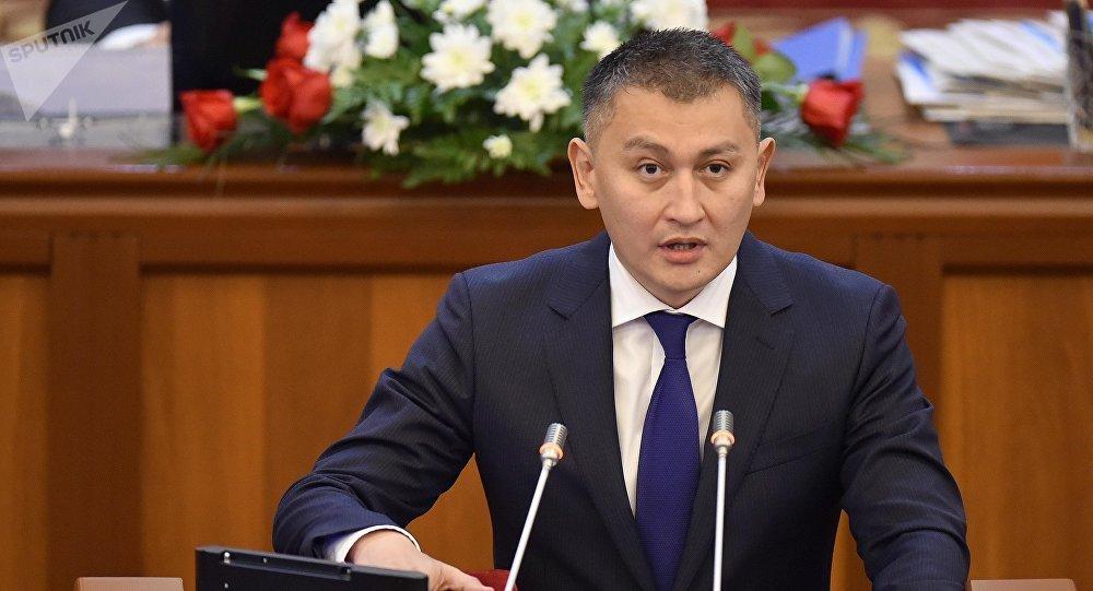 Жогорку Кеңештин депутаты Исхак Пирматов. Архив