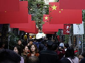Прохожие в Шанхае