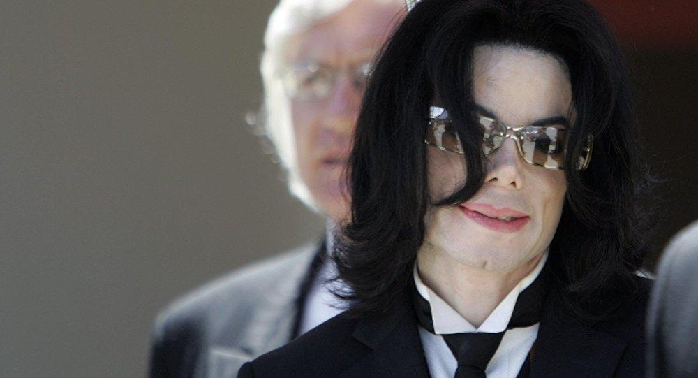 2009-жылы каза болгон дүйнөлүк атактуу ырчы Майкл Жексон. Архив