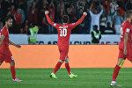 Нападающий сборной Кыргызстана Мирлан Мурзаев радуется забитому голу во время 21-го тура Кубка Азии по футболу АФК-2019 между ОАЭ и Кыргызстаном на стадионе Zayed Sports City Stadium в Абу-Даби 21 января 2019 года.