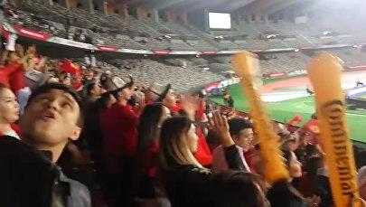 Плакали в обнимку... Как болели за сборную Кыргызстана в Абу-Даби. Видео