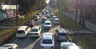 В центре Бишкека образовалась большая пробка — видео с дрона