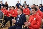 Кыргызстандын футбол боюнча курама командасынын машыктыруучусу Александр Крестинин. Архивдик сүрөт