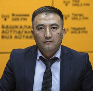 Старший прокурор управления по надзору за оперативно-розыскной деятельностью и следствием Сирожиддин Камолидинов во время беседы на радио Sputnik Кыргызстан