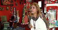За год 87-летняя женщина покрыла все тело татуировками — видео