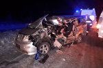 Toyota Alphard автоунаасы Нижний Новгород — Саратов жолунун 420-чакырымында жүк ташуучу ГАЗ унаасы менен кагышкан.
