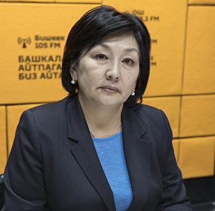 Директор кадамджайского филиала одного из коммерческих банков КР Эль-Мира Кыпчакова. Архивное фото