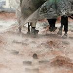 Катмандудагы (Непал) кирпич заводунда эмгектенгендер