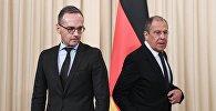 Министр иностранных дел РФ Сергей Лавров  и министр иностранных дел ФРГ Хайко Маас перед началом пресс-конференции по итогам встречи в Москве.