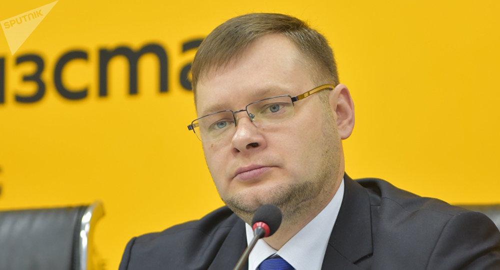 Борбор калаадагы Октябрь райондук администрациясынын башчысы Максим Ситников