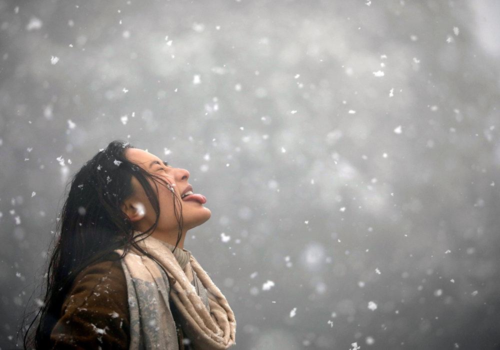 Первый за много лет снегопад в Катманду